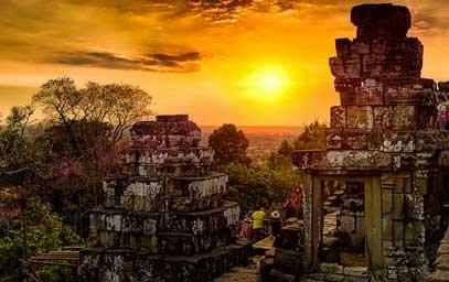Angkor Expert Tour