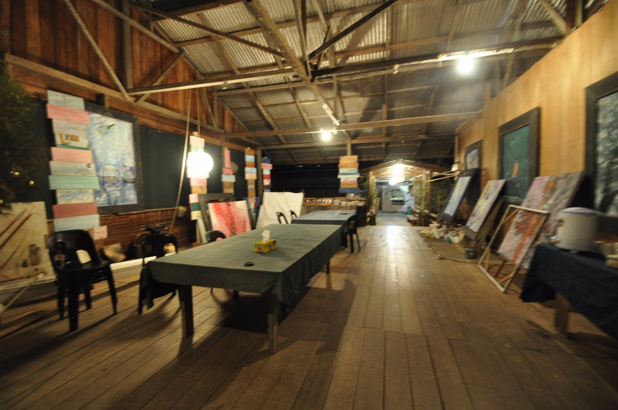 Jungle Blues Dream Art Gallery & Homestay
