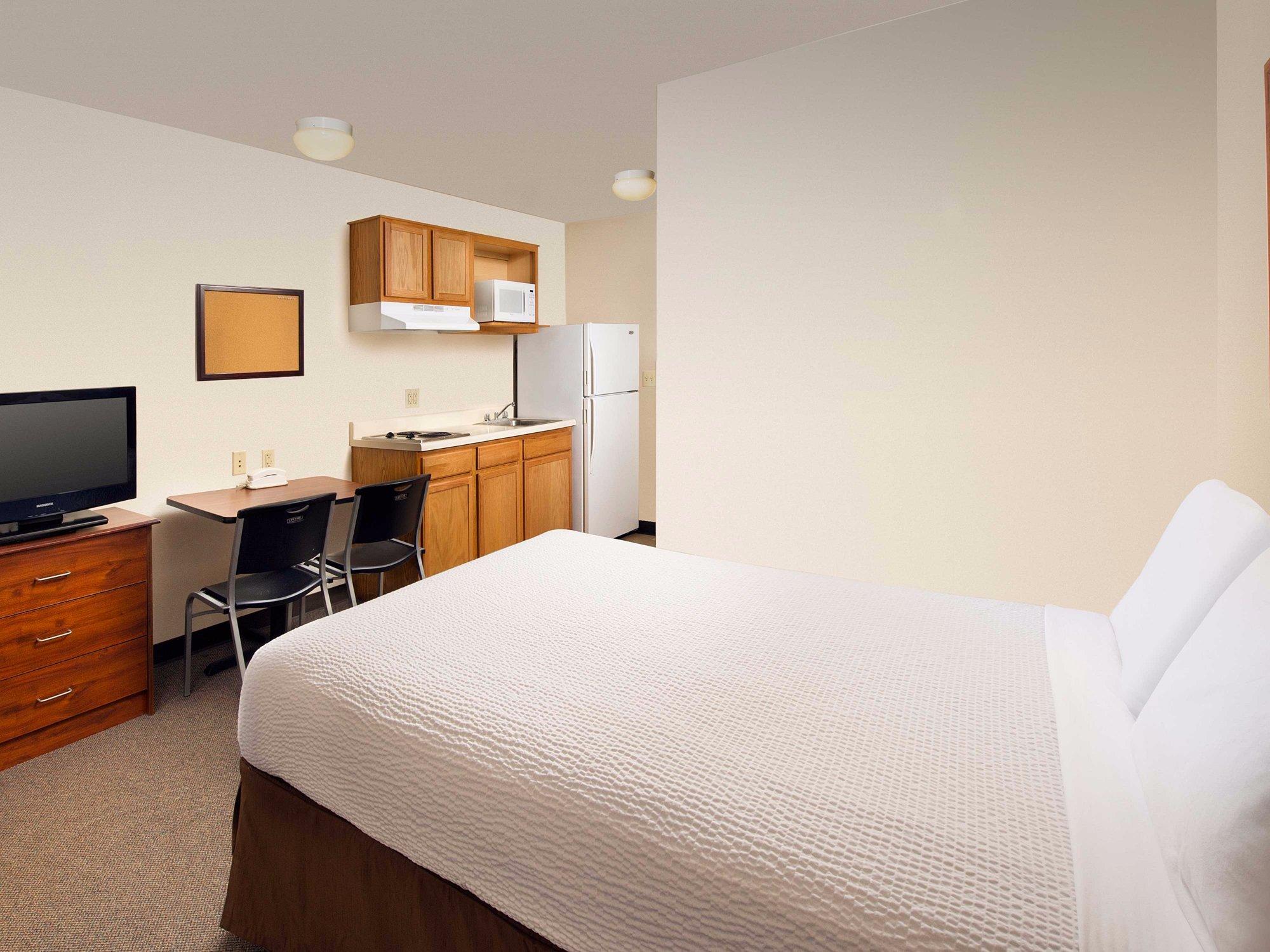 WoodSpring Suites Charleston North