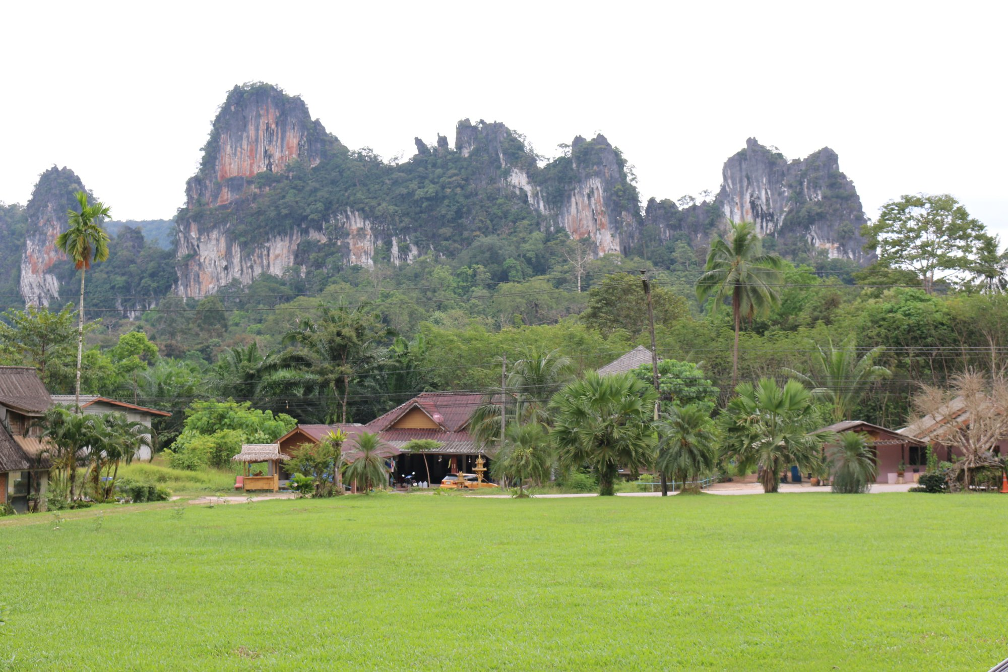 Khao Sok Pantoorat Mountain Lodge