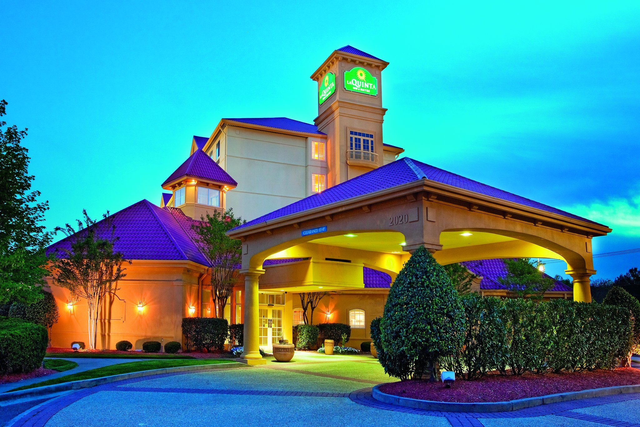 溫斯頓塞勒姆拉昆塔套房酒店