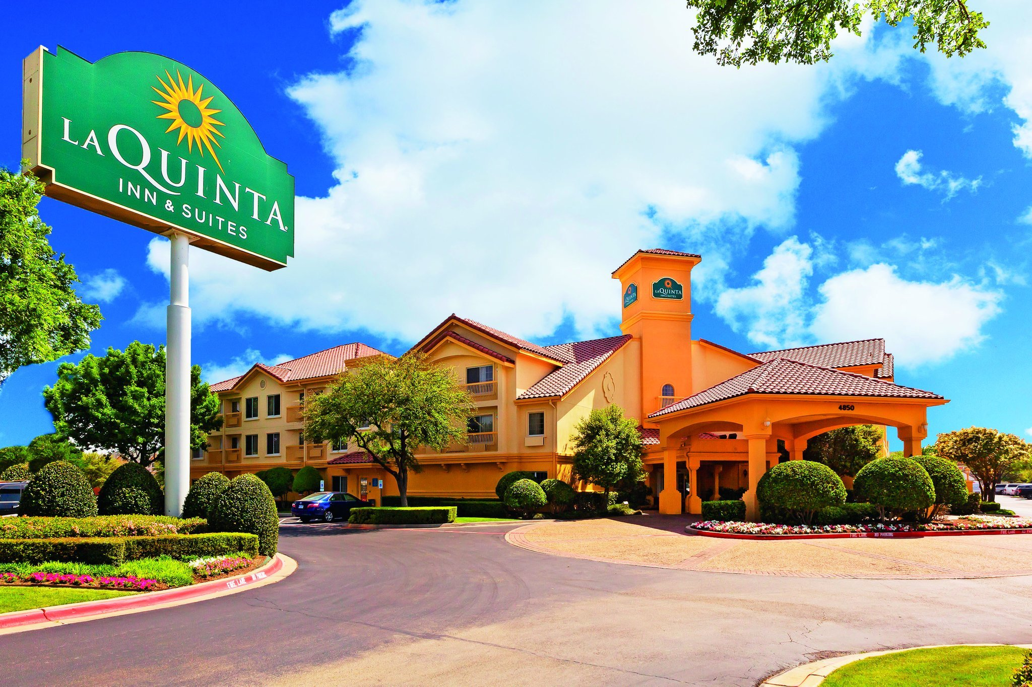 La Quinta Inn & Suites Dallas DFW Airport North