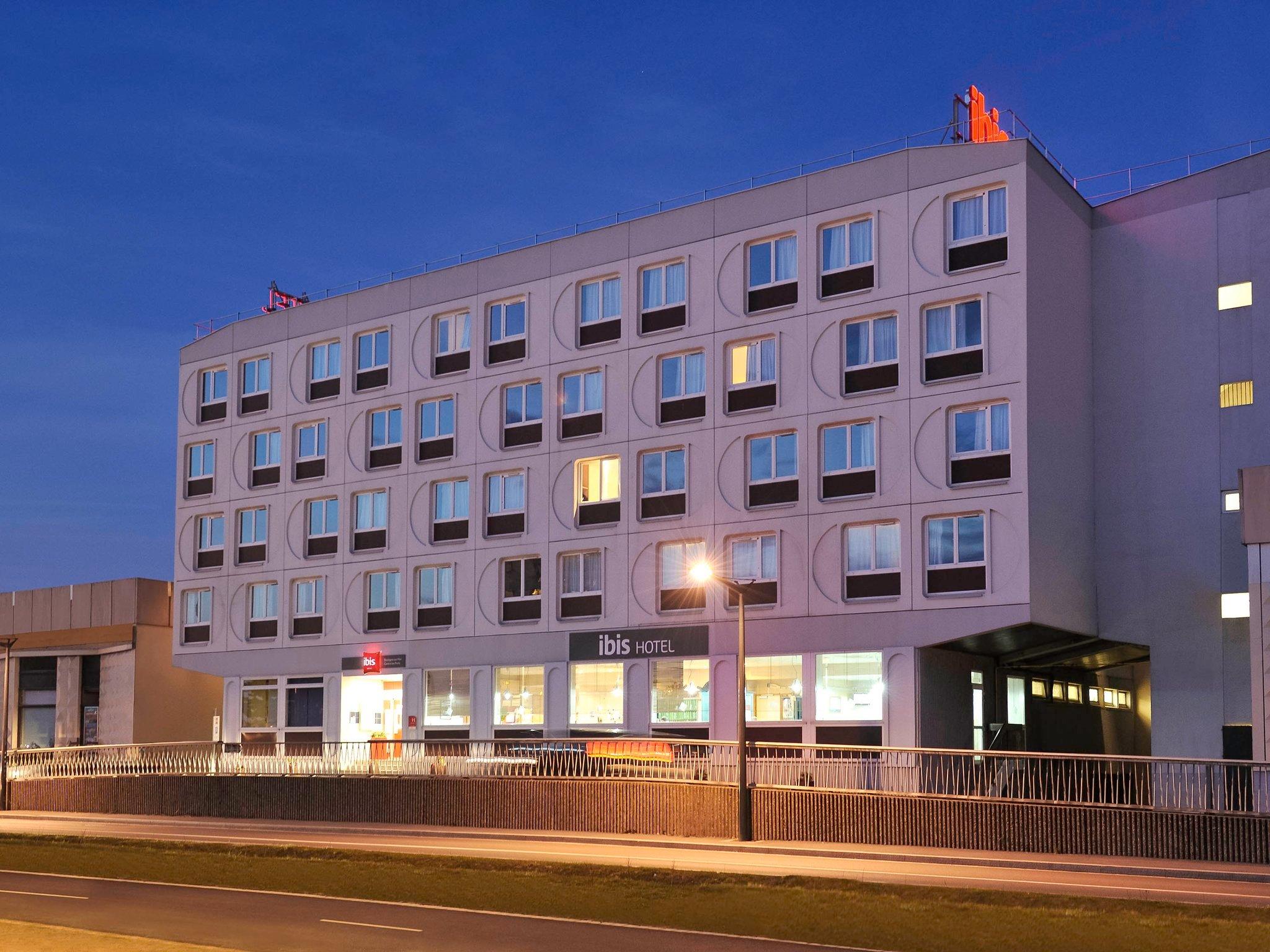 宜必思布洛涅中心港口飯店