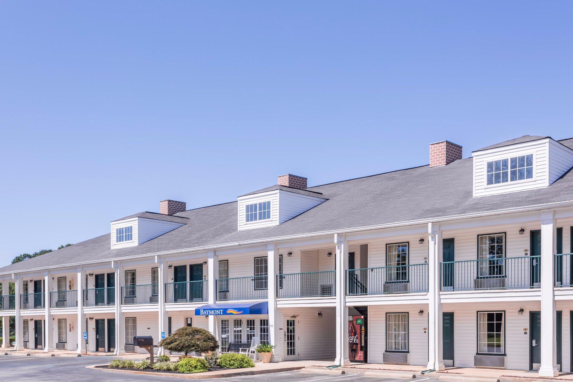 Baymont Inn & Suites Duncan/Spartanburg