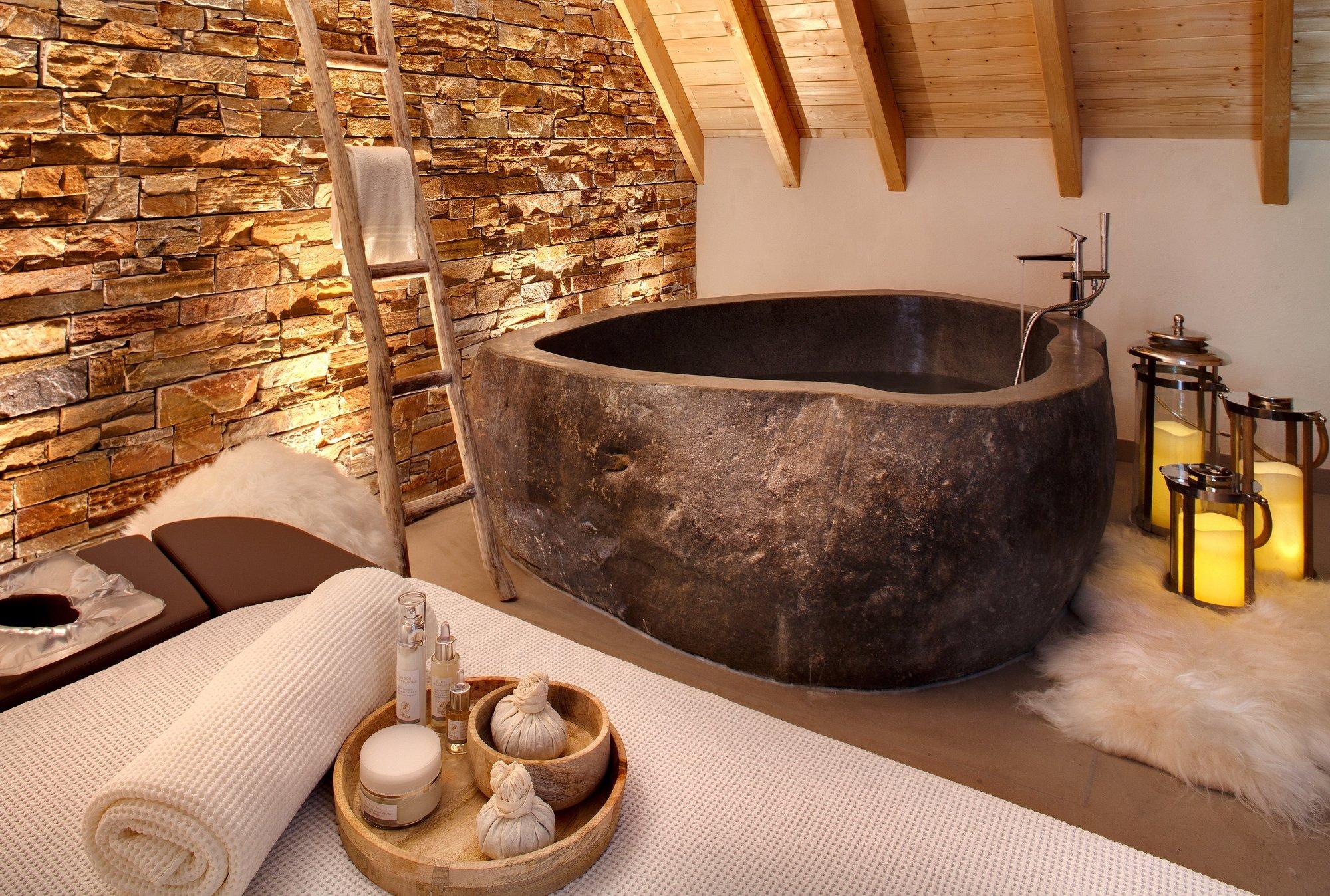 Hostellerie La Cheneaudiere - Relais & Chateaux