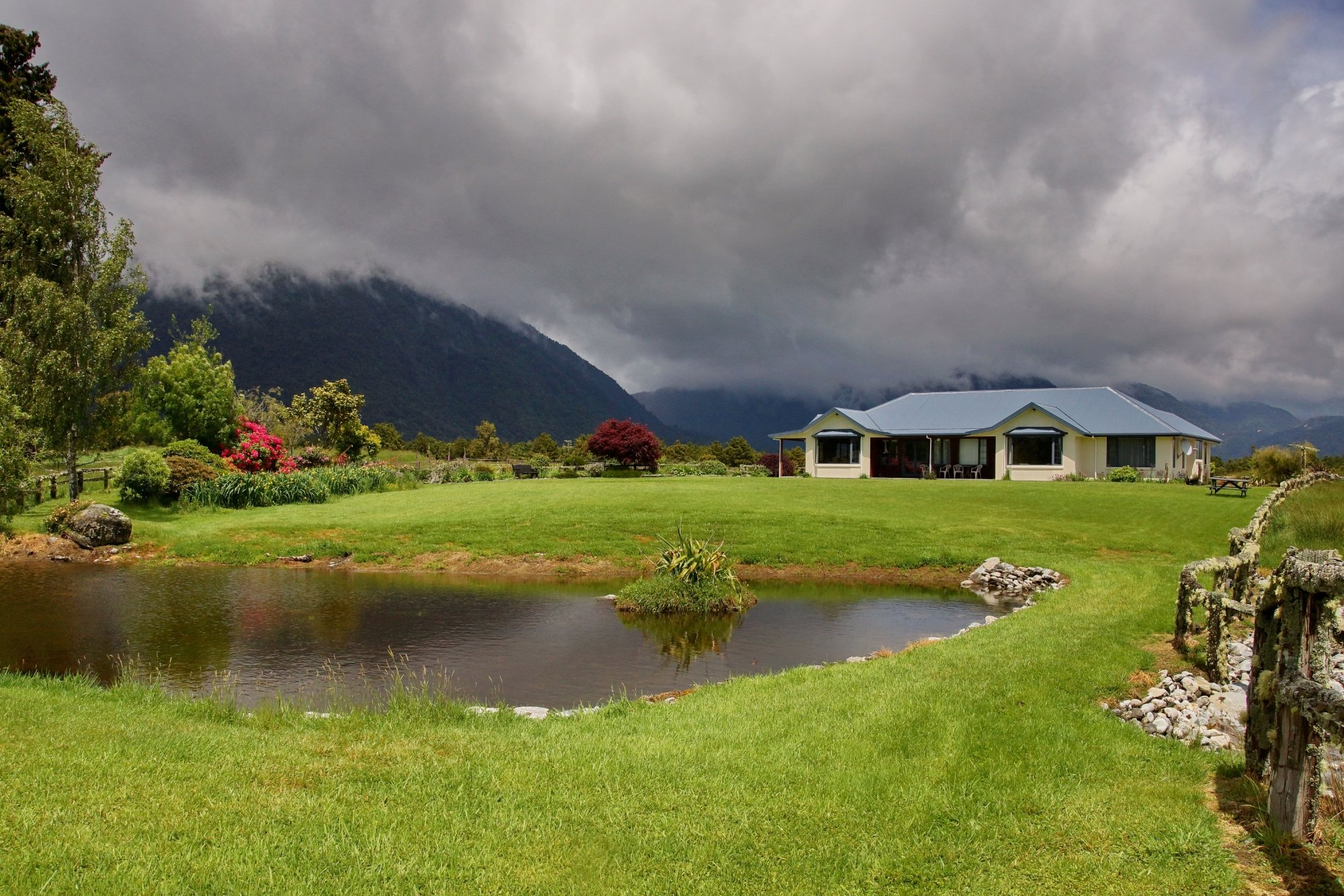 Fox Glacier Mountainview Bed and Breakfast