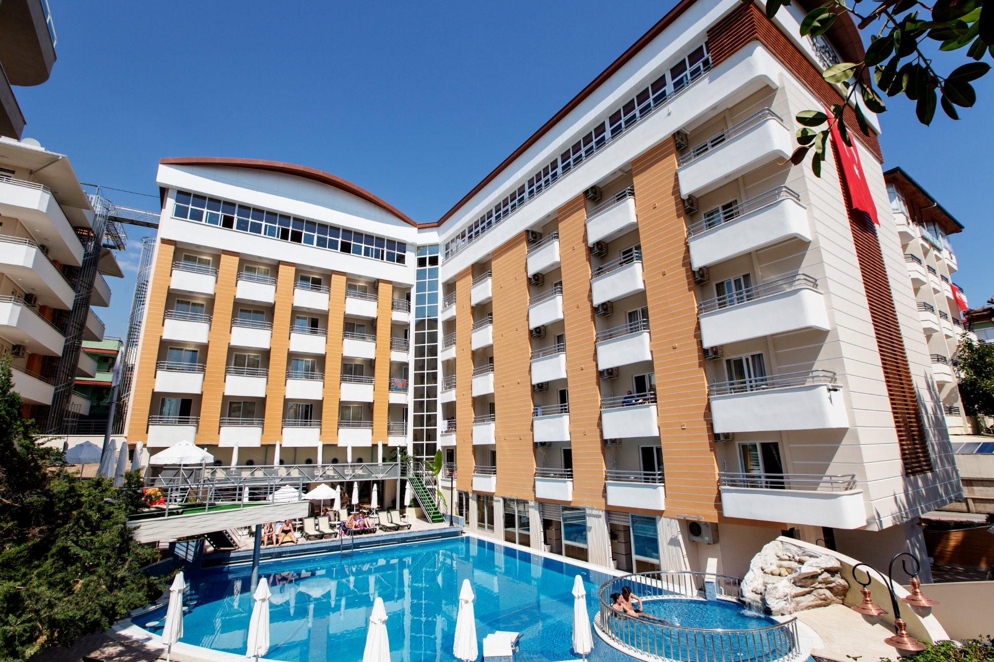 阿拉伊耶克婁巴特拉飯店