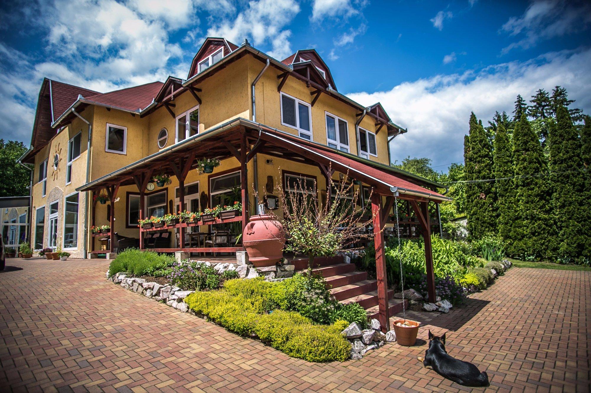 Bonne Chance Restaurant and Hotel