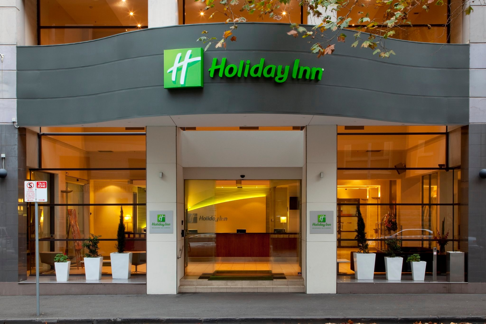 Holiday Inn Melbourne on Flinders