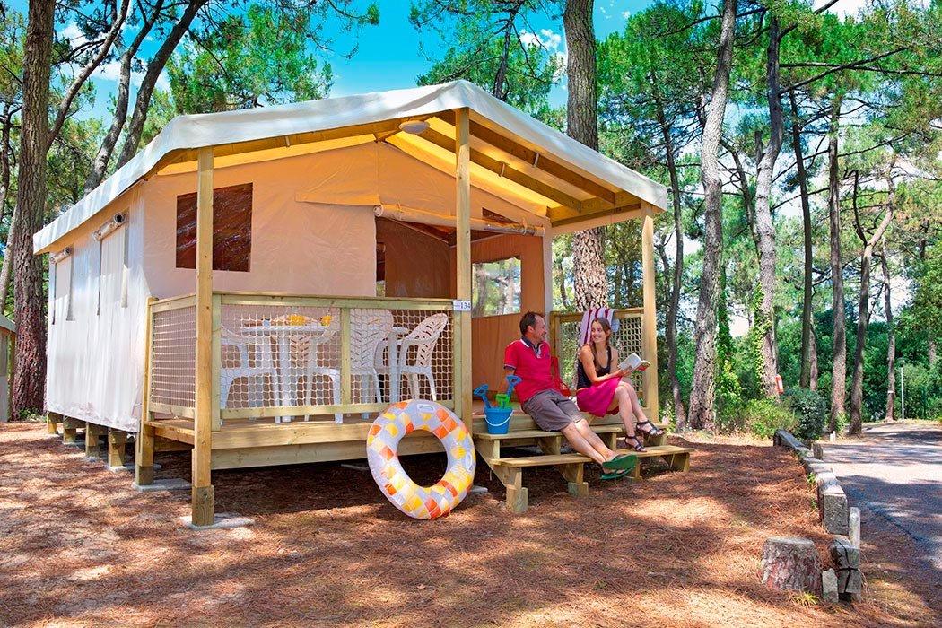 Camping Le Bois dAmour  Campground Reviews & Price  ~ Camping Bois D Amour La Baule