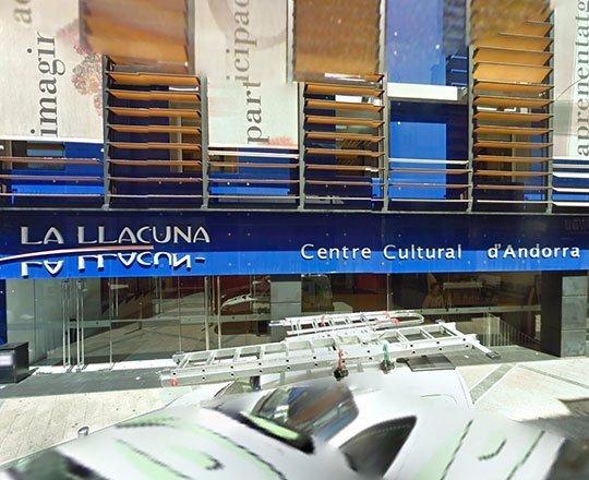 Centro Cultural La Llacuna