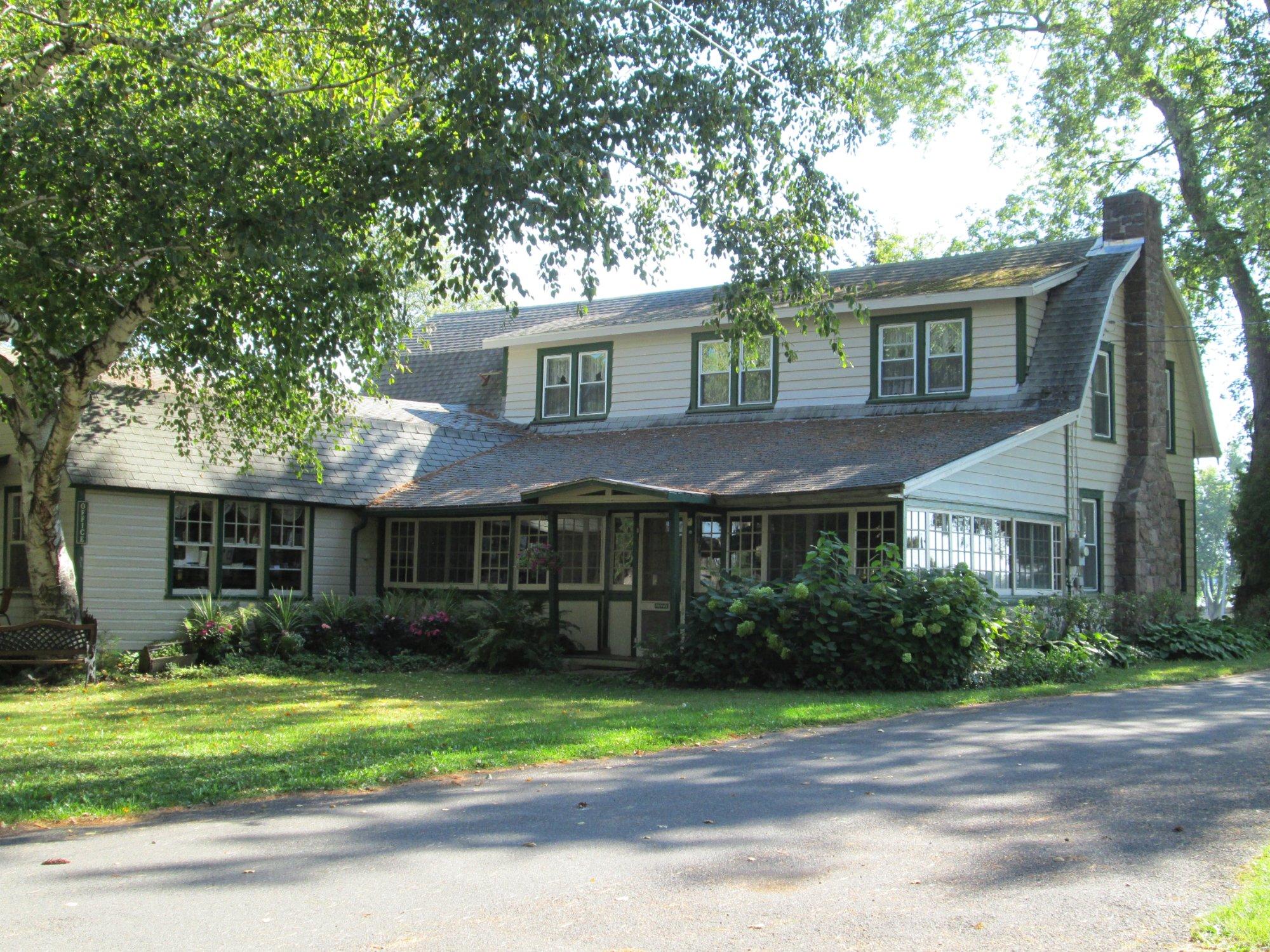 Pinehurst Motel and Cottages