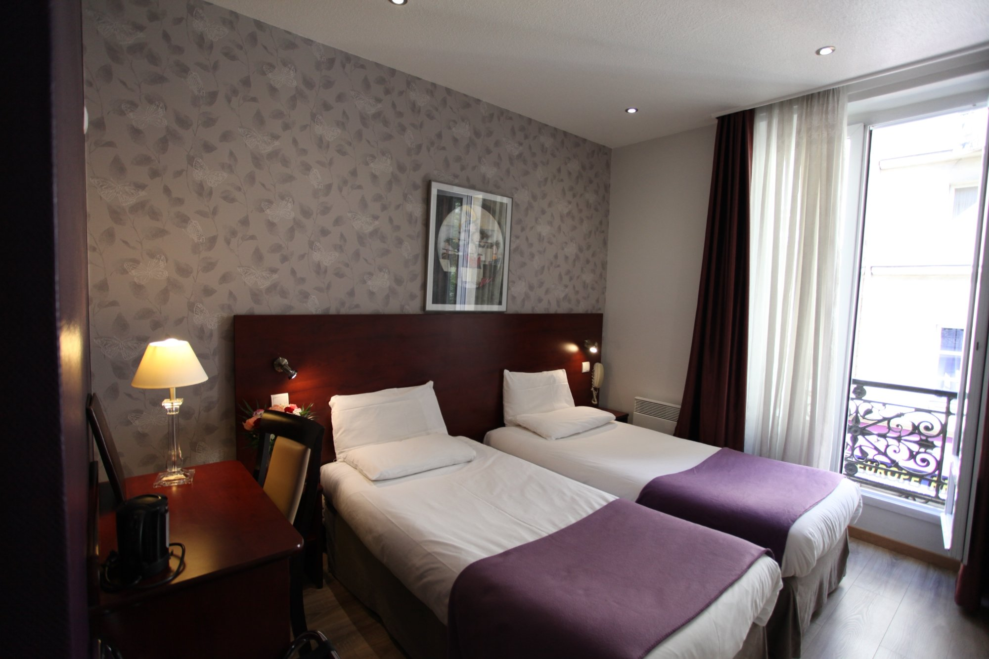 Alane Hotel