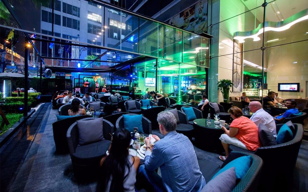 Picture of hotel indigo bangkok wireless road bangkok tripadvisor - Dee Lounge And Beer Garden