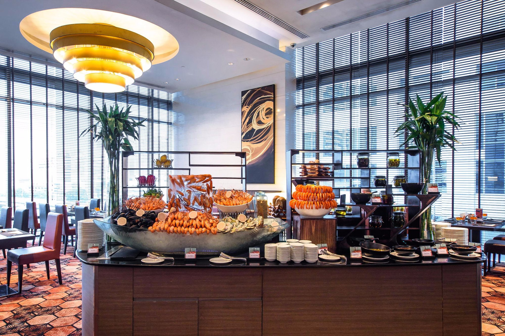 Picture of hotel indigo bangkok wireless road bangkok tripadvisor - The Square Restaurant Novotel Bangkok Ploenchit Sukhumvit