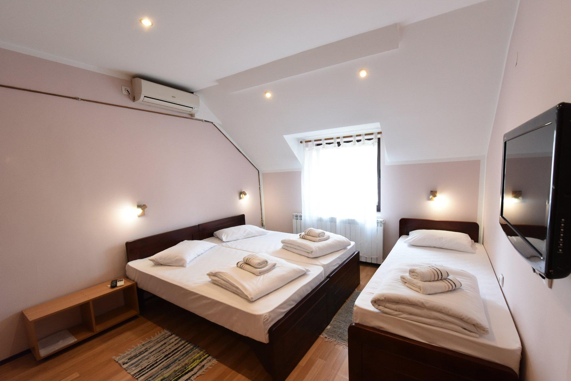Apartments & Accommodation Novi Sad Stojic