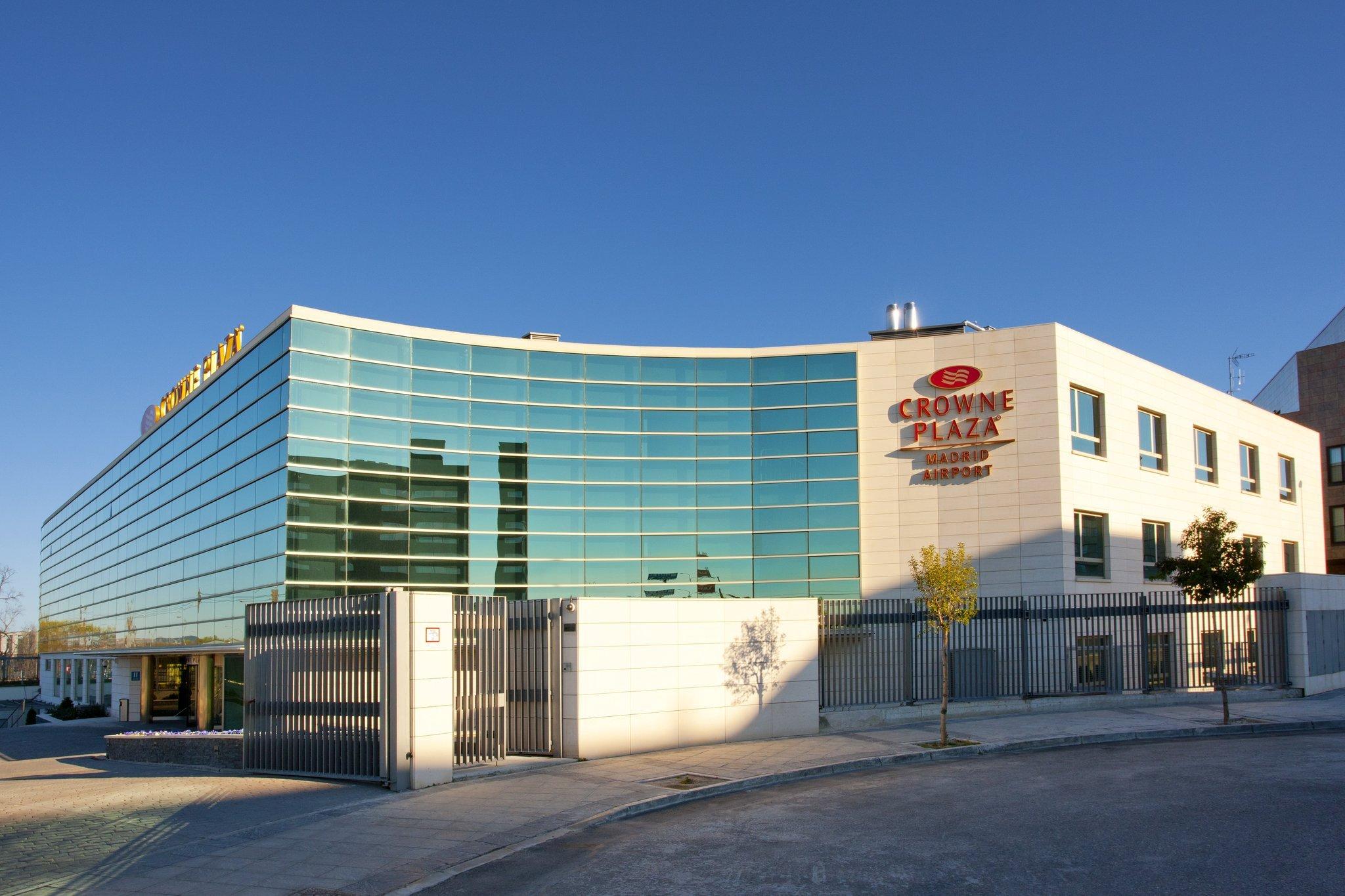 马德里机场皇冠假日酒店