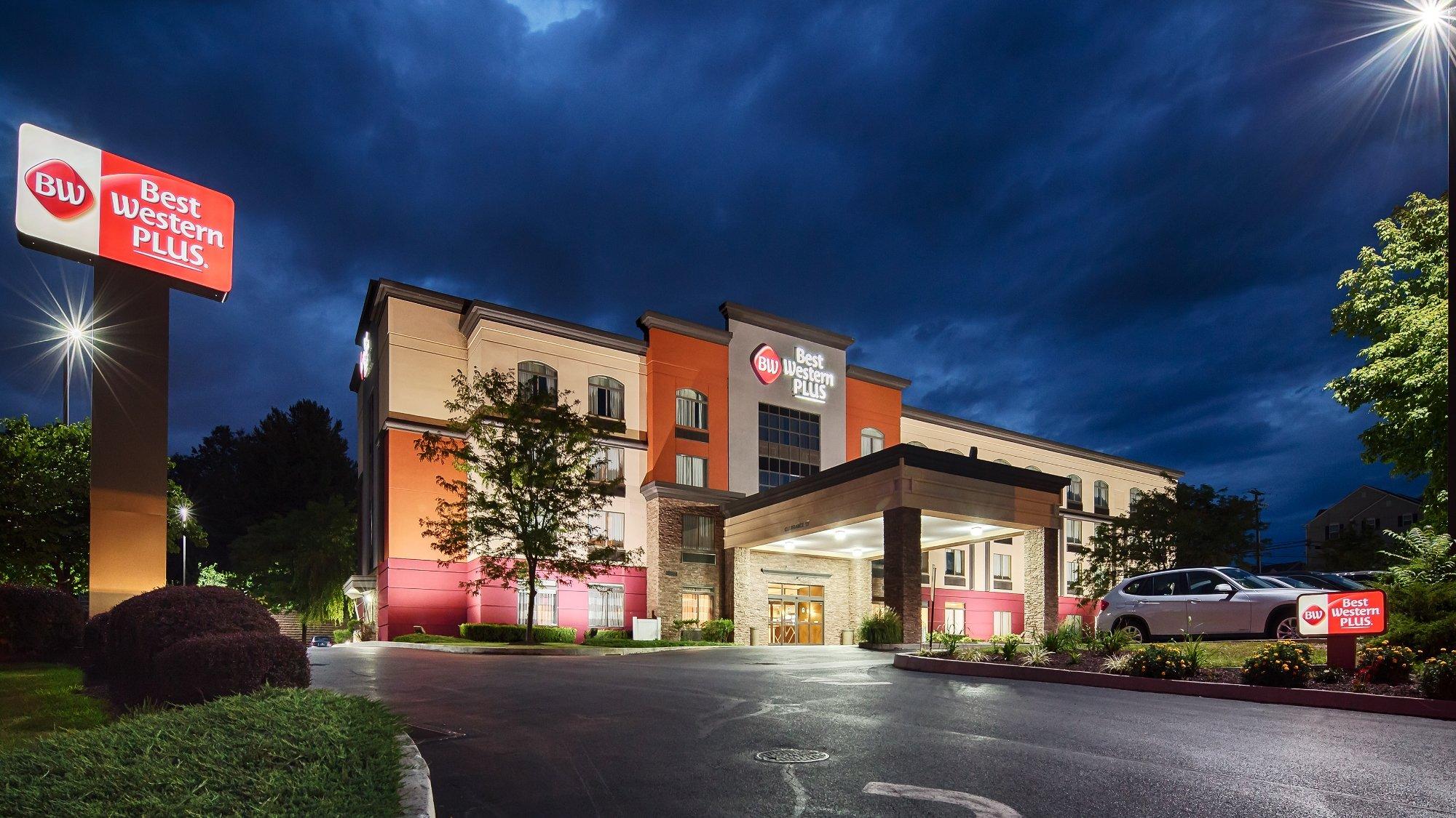 Best Western Plus Harrisburg East Inn & Suites: 71 fotos comparação  #A63425 2000 1125