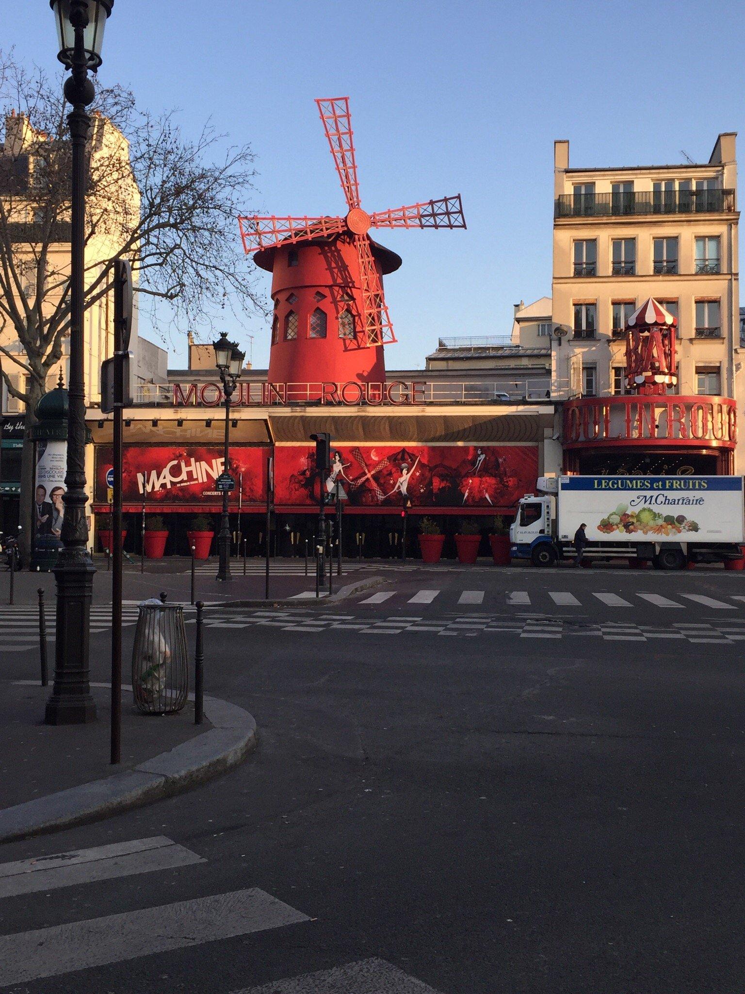 Le templier de montmartre paris montmartre restaurant for Le miroir restaurant montmartre