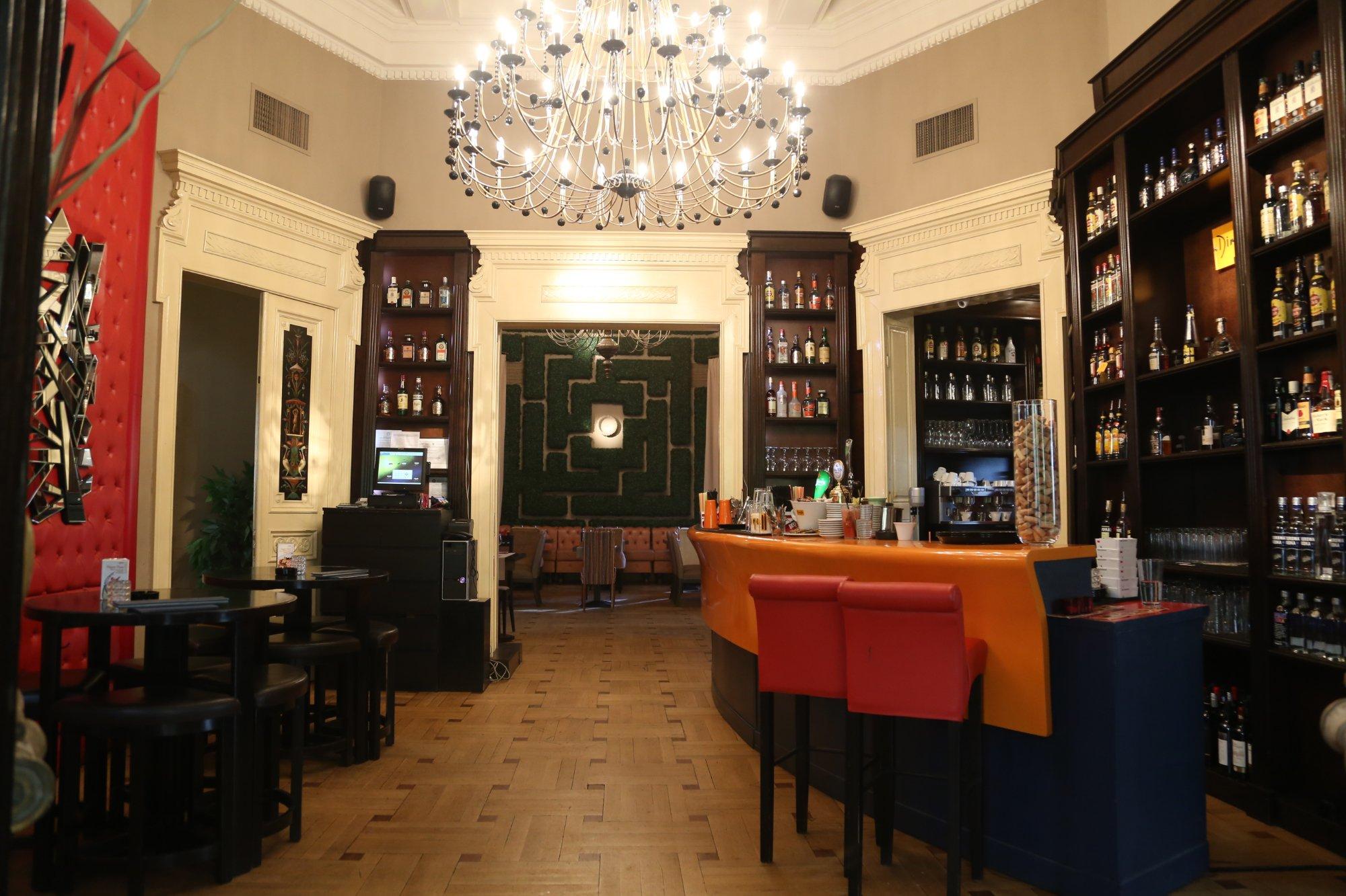 the 10 best restaurants near golden tulip victoria bucharest barrio