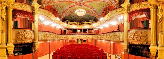 Théâtre De Pezenas