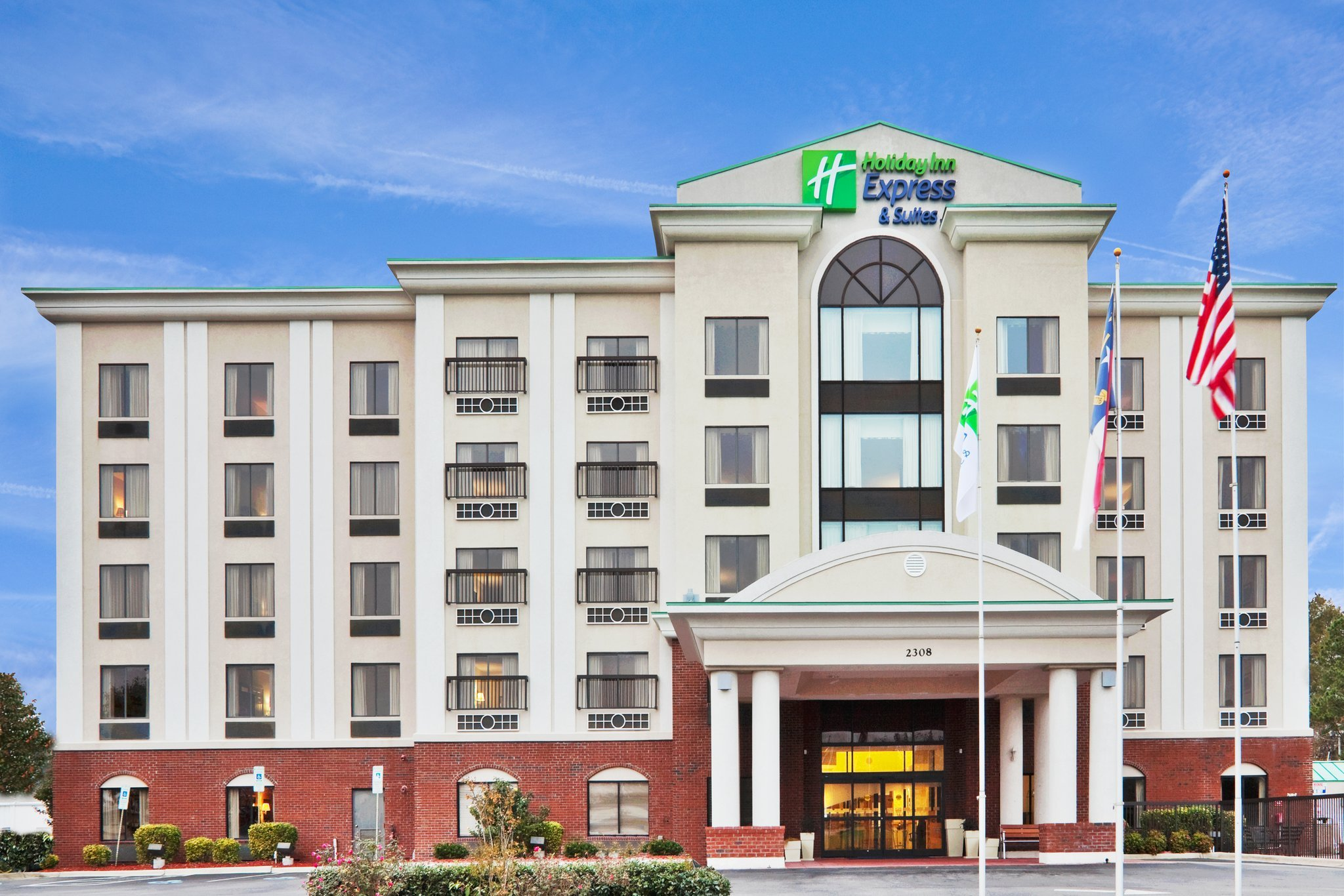 Holiday Inn Express Wilson Downtown