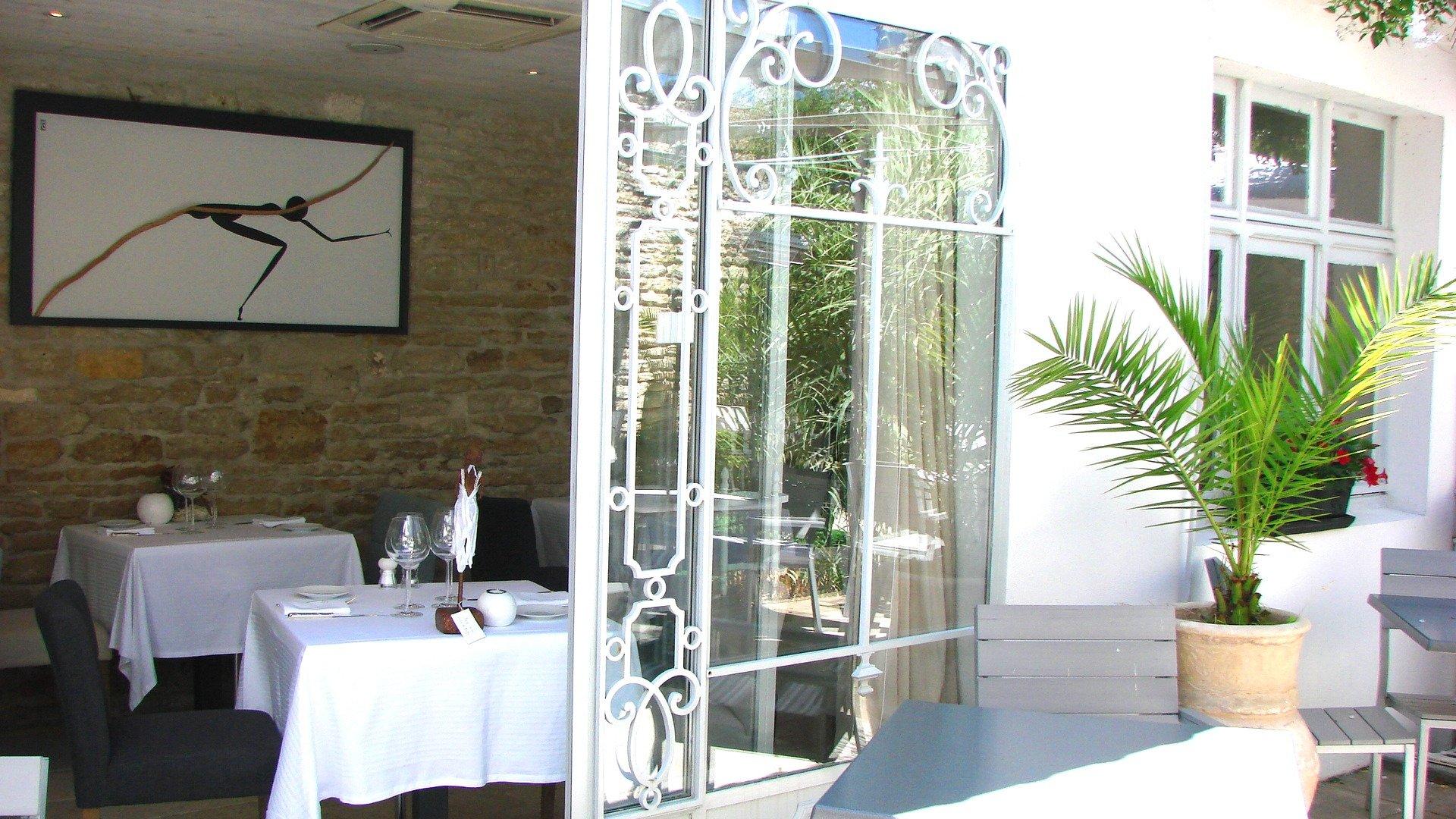 Les jardins d 39 alienor bewertungen fotos preisvergleich le chatea - Hotel le chateau d oleron ...