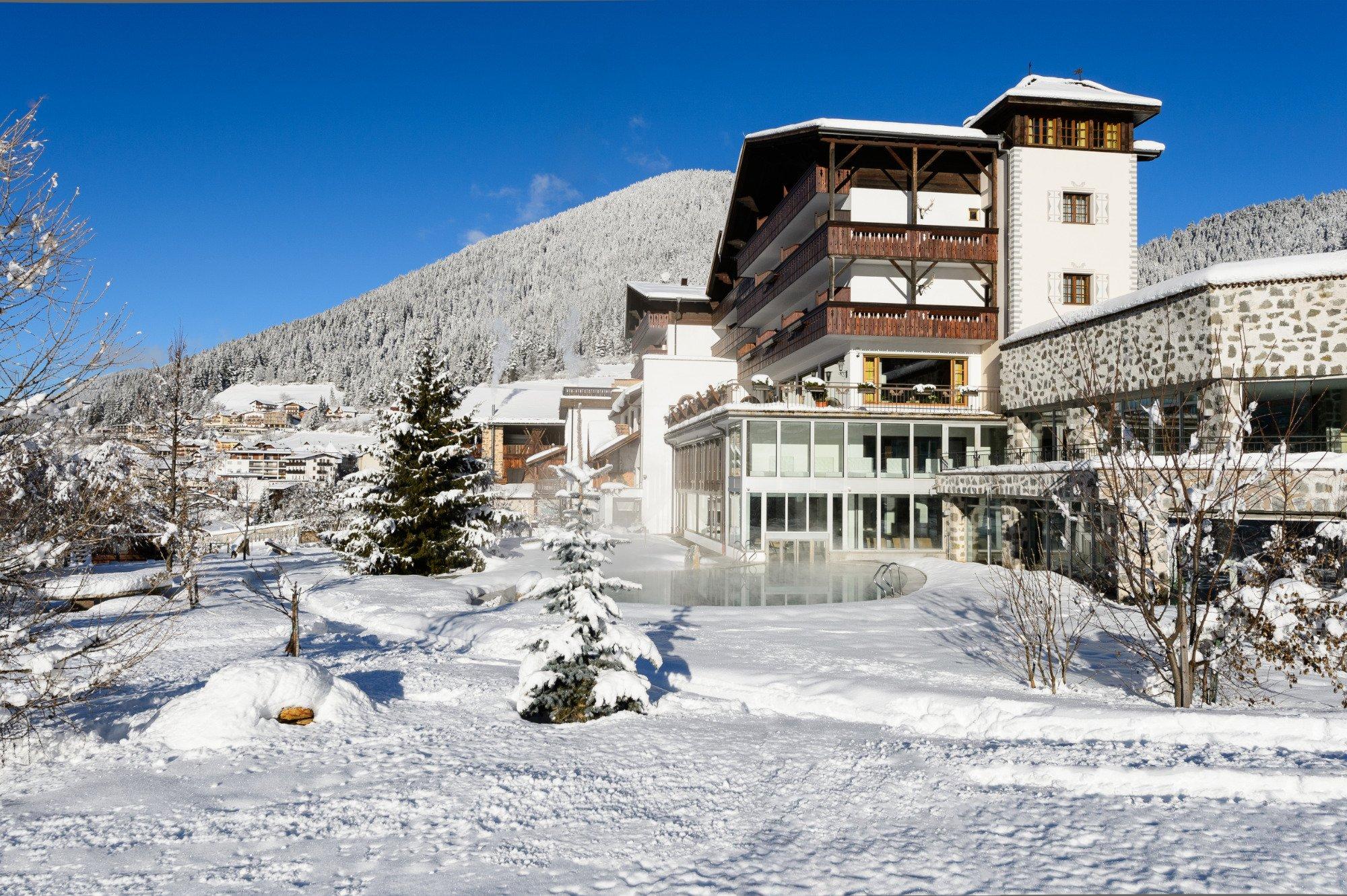 波斯特羅曼蒂克酒店