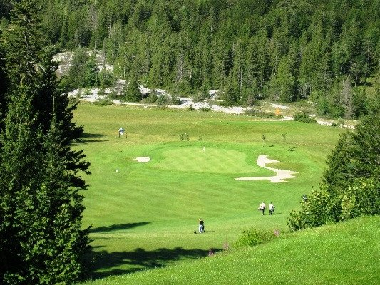 ‪Golf Corrençon En Vercors‬