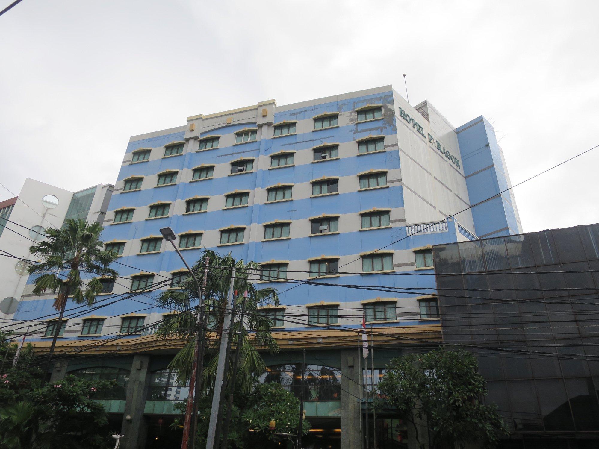 Paragon Gallery Hotel