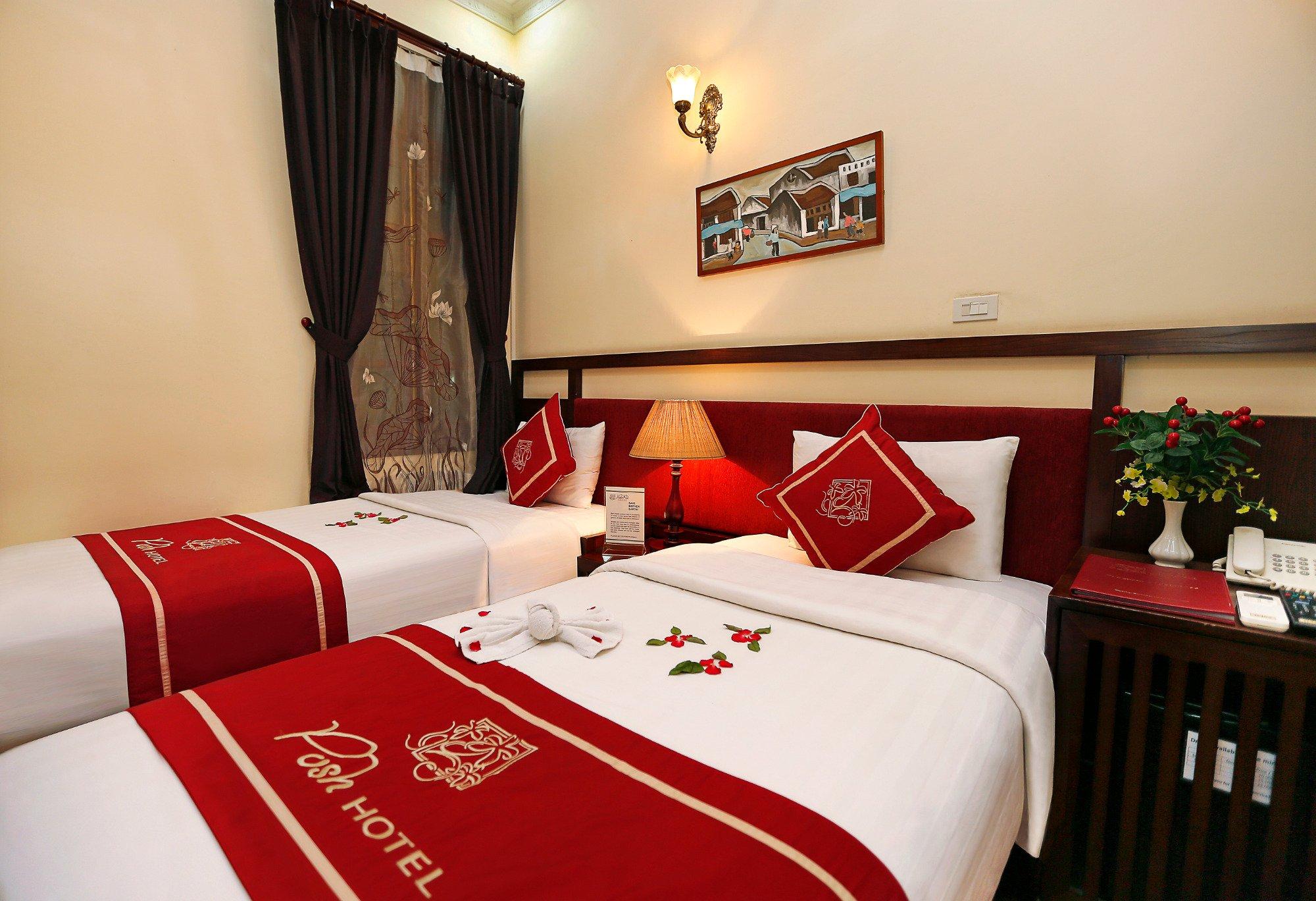 Posh Hotel