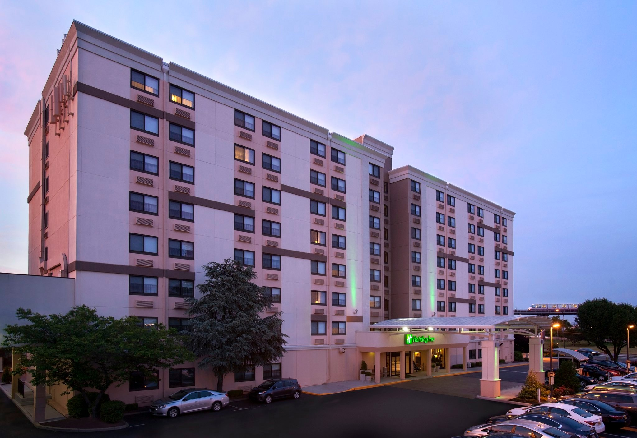 Holiday Inn Newark Airport