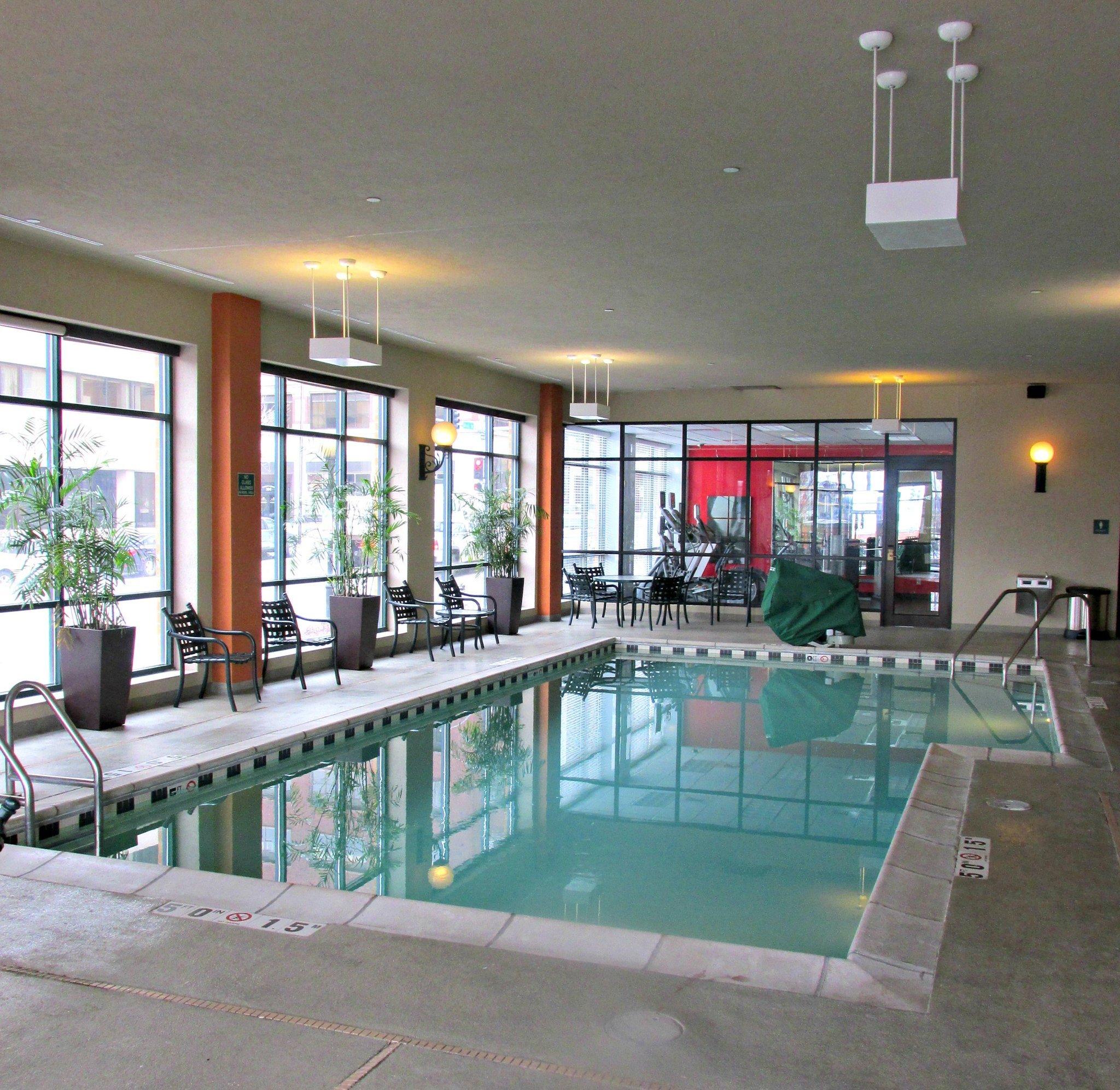 拉迪森普拉薩方城飯店