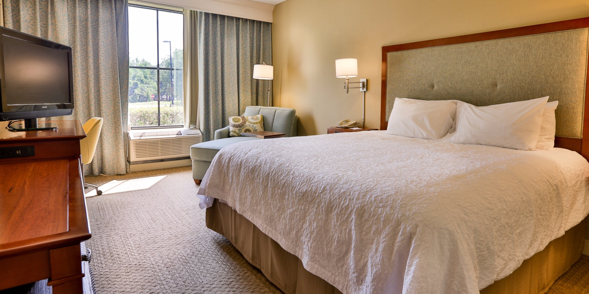the closest hotels to h l hunley north charleston tripadvisor