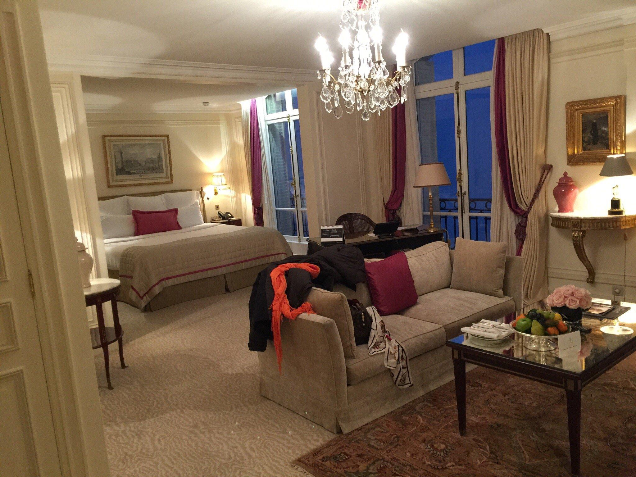 阿特內廣場酒店