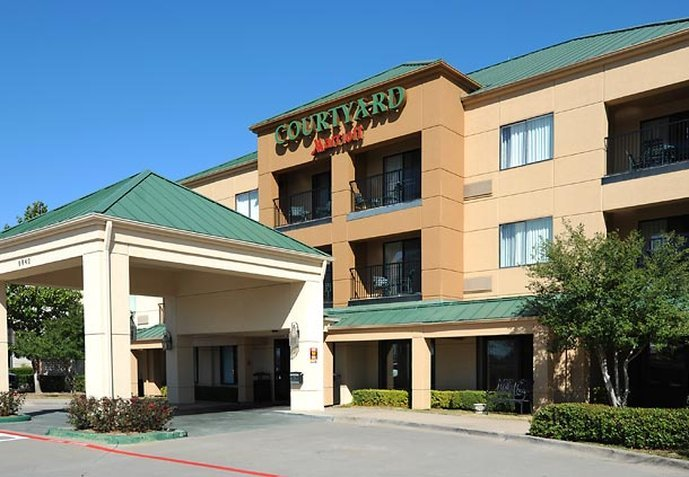 Courtyard Dallas Plano in Legacy Park