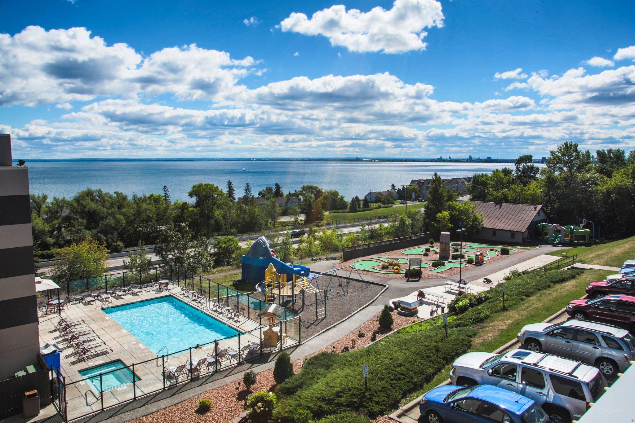 艾治沃特飯店和水上樂園