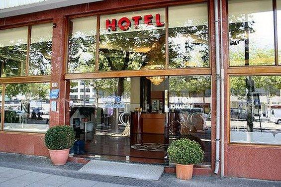 뉴 슬로타니아 호텔
