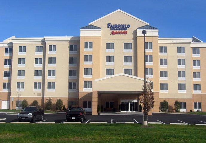 卡萊爾 Fairfield Inn&Suites 飯店