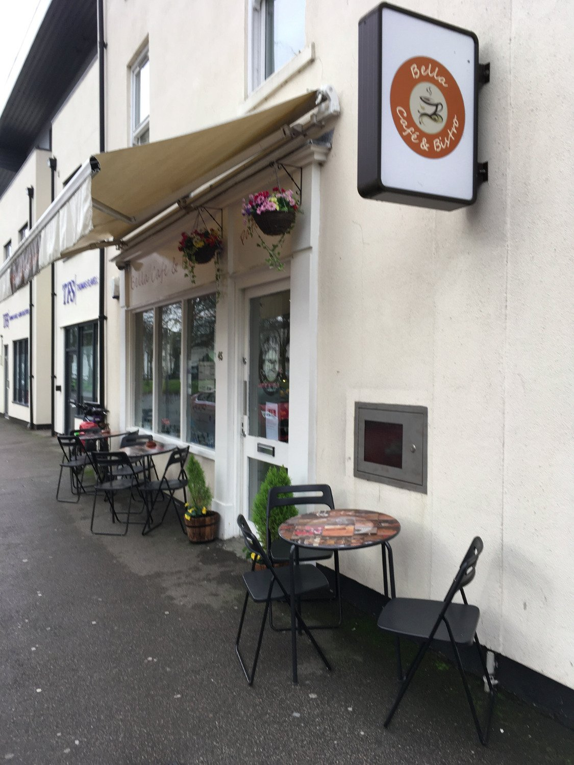 Bella cafe leamington spa restaurant reviews phone for 30 east salon reviews