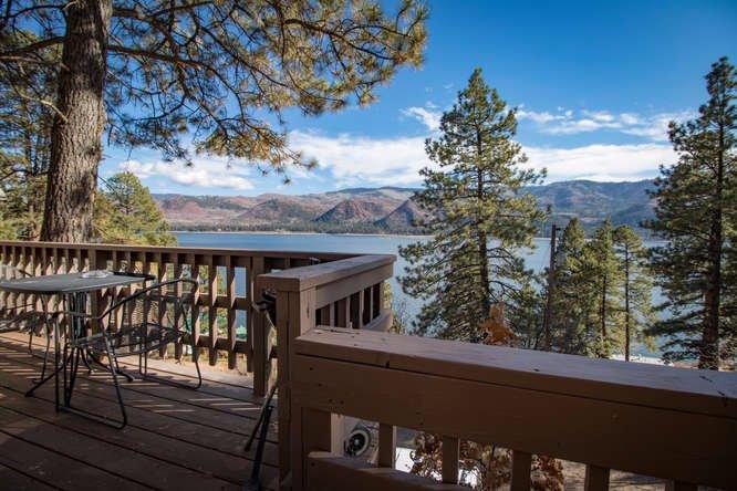 Pine River Lodge