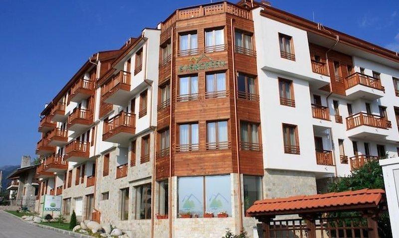 Evergreen ApartHotel & Spa