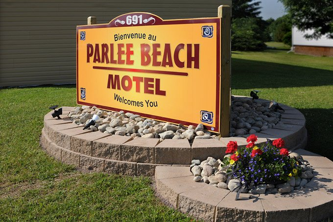Parlee Beach Motel