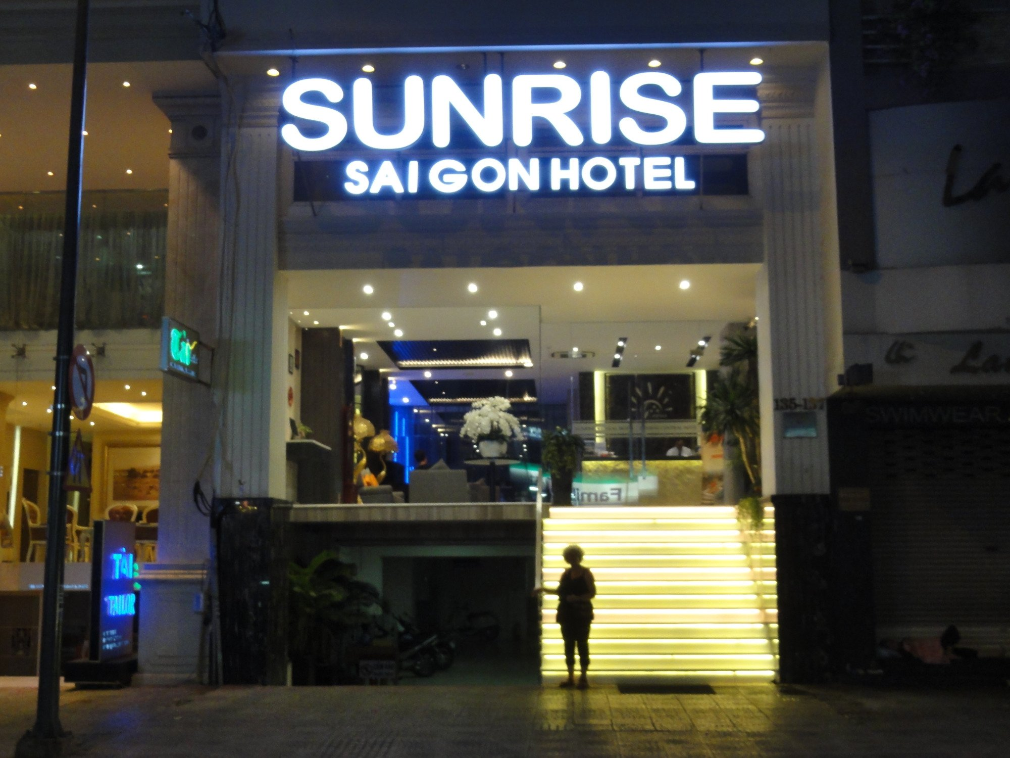 Sunrise Saigon Hotel