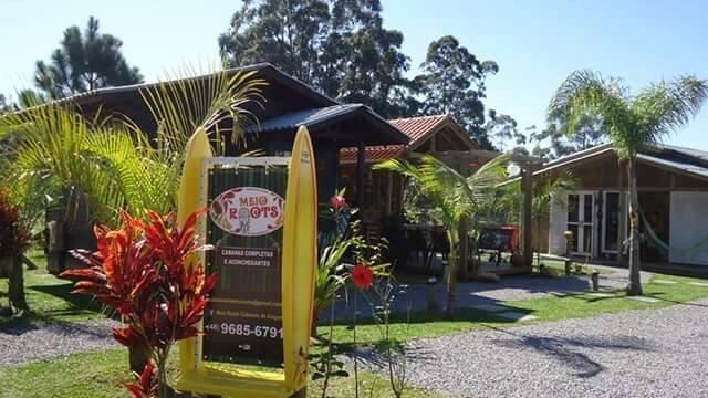 Meio Roots Cabanas de Aluguel