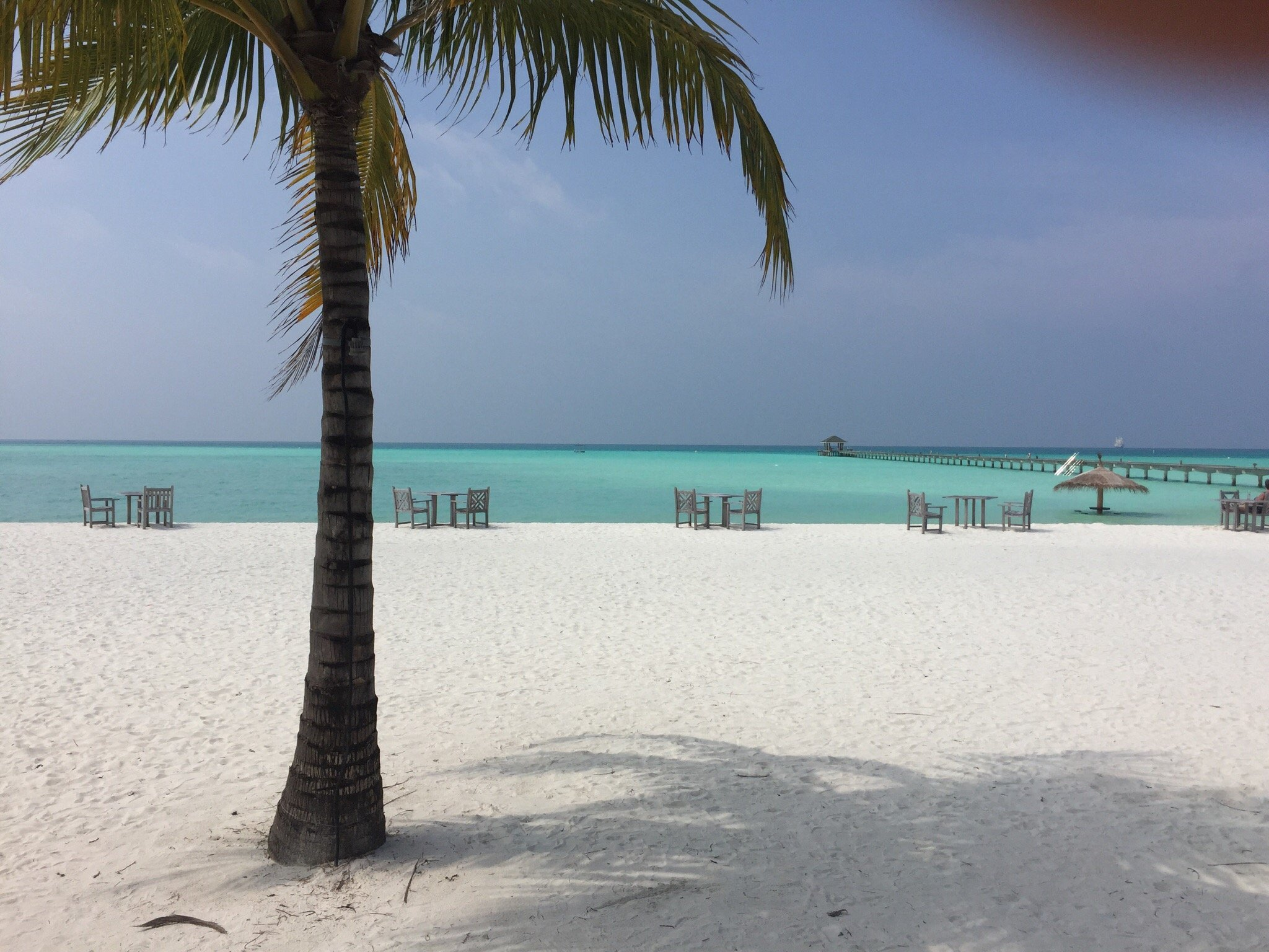 假日島度假村