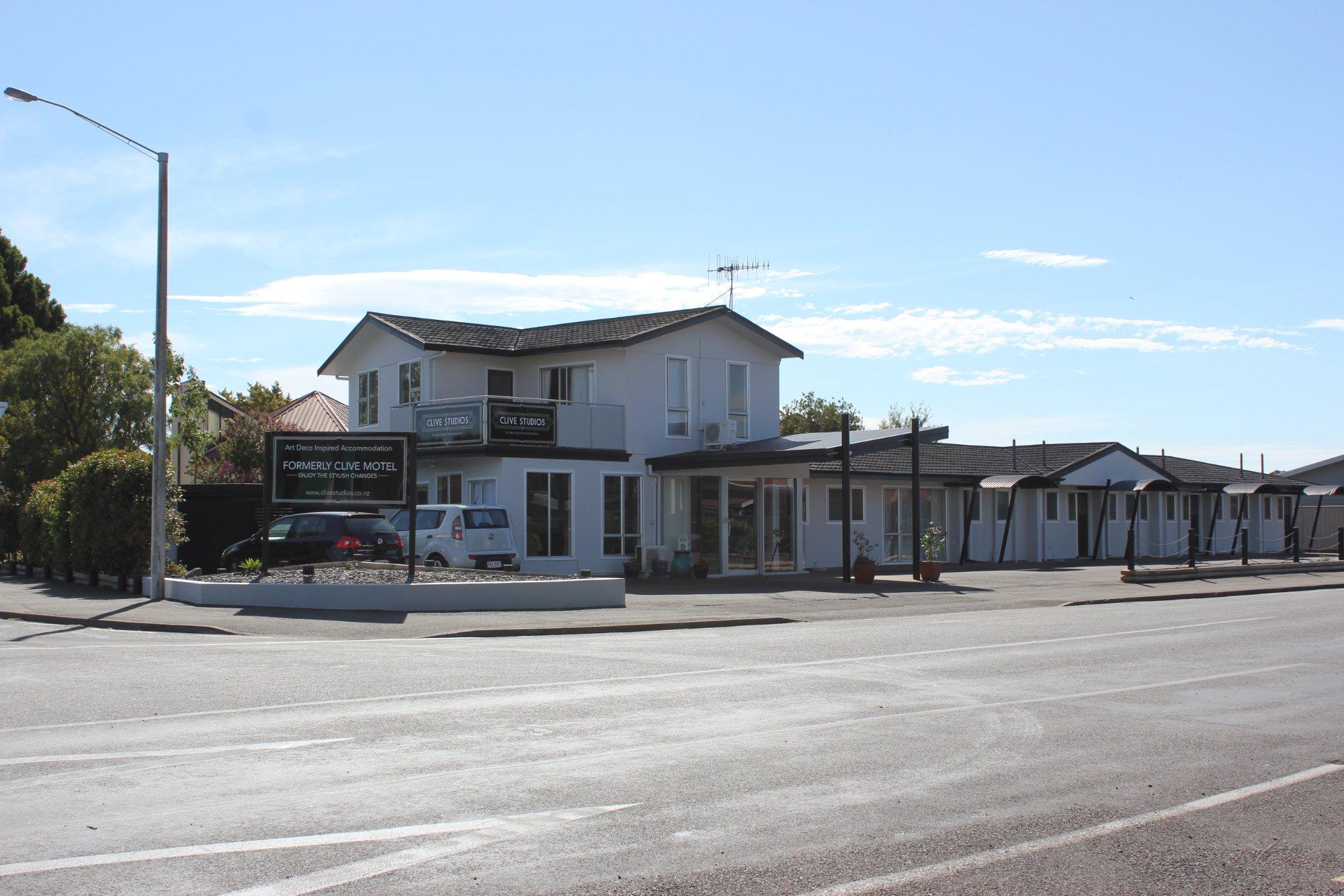 Clive Motel