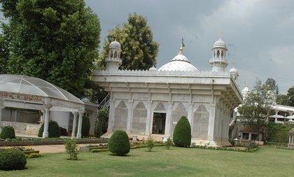 Abu Vishwa Temple
