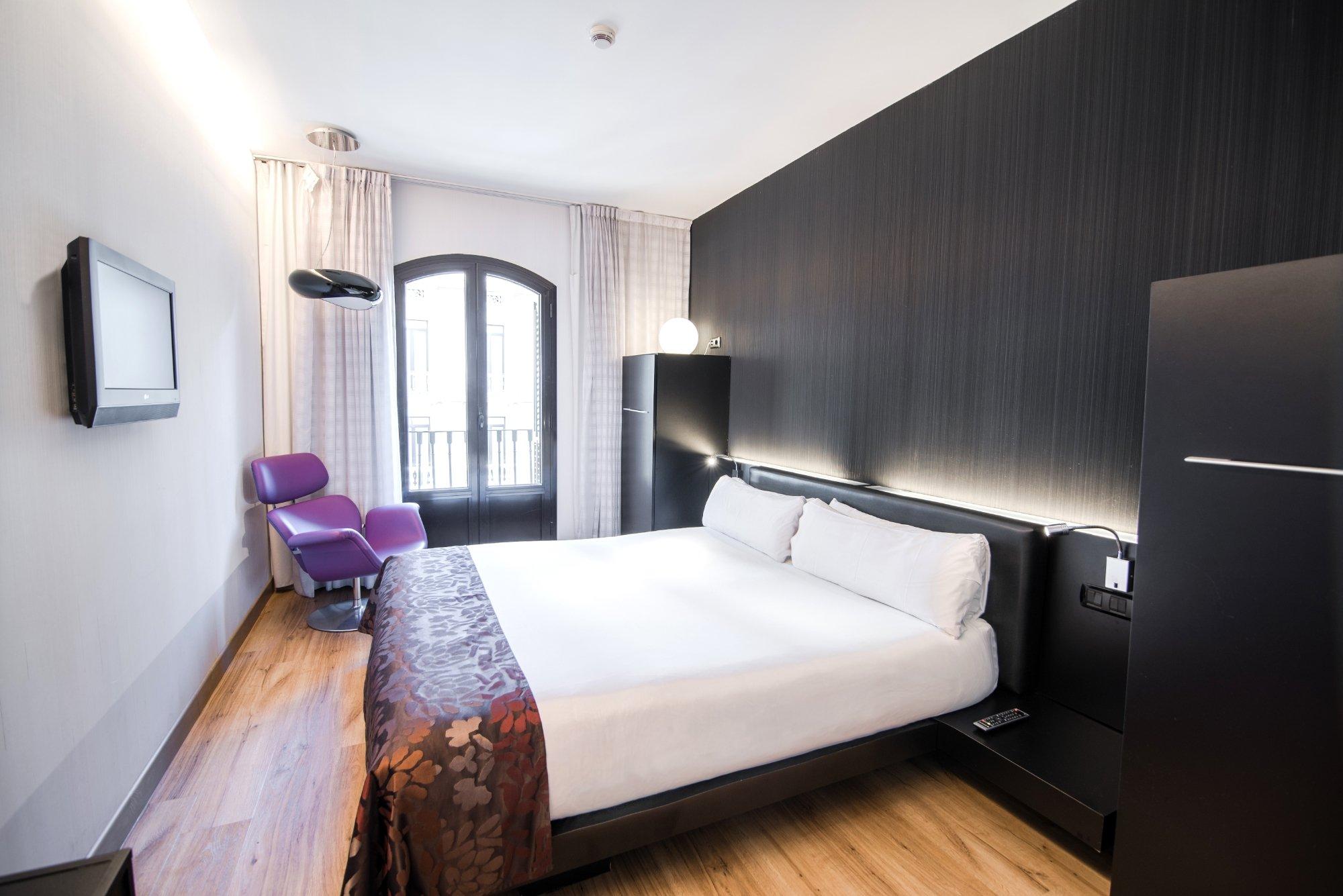 巴塞羅那佩蒂特宮酒店