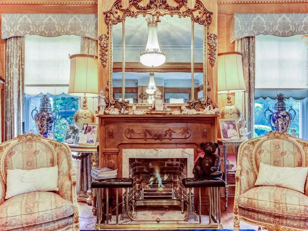 Old Mansion Inn